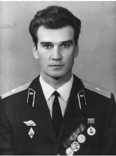 Tribute to Stanislav Petrov, Soviet Who Helped Avert Nuclear War