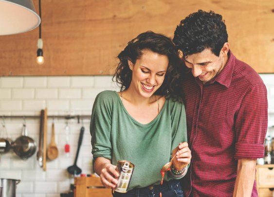 7 Steps for a Highly-Romantic At-Home Date