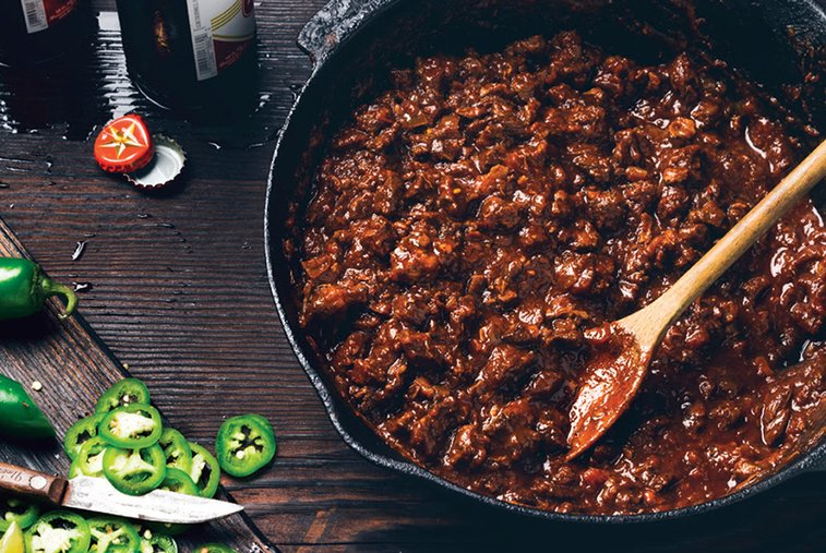 How to Make: Spoon-Lickin' Texas-Style Chili con Carne