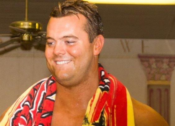 Former WWE Wrestler Davey Boy Smith Jr. Saves Suicidal Woman