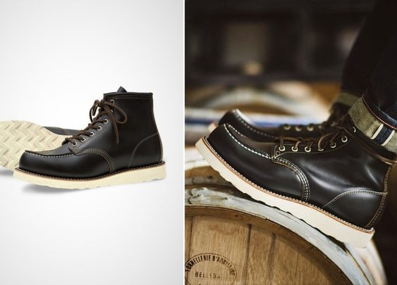 Red Wing Heritage Irish Setter Boots in Black Leather
