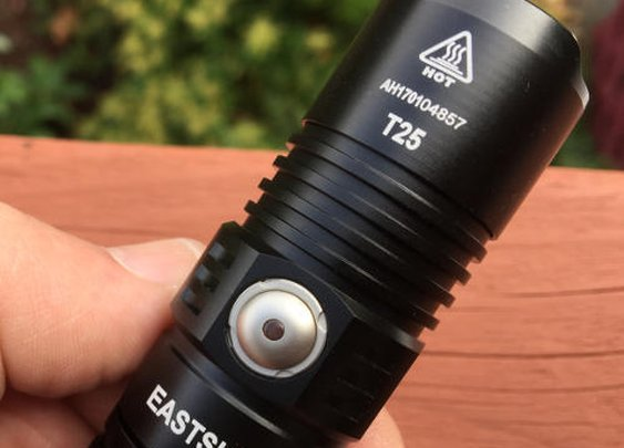 Eastshine T25 Review - CREE XP-L HI V3 LED in a sub $40 flashlight - Final30.com