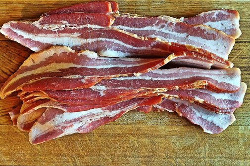 Top 3 Best Bacon of the Month Clubs [Jan. 2018] - Are they worth it?