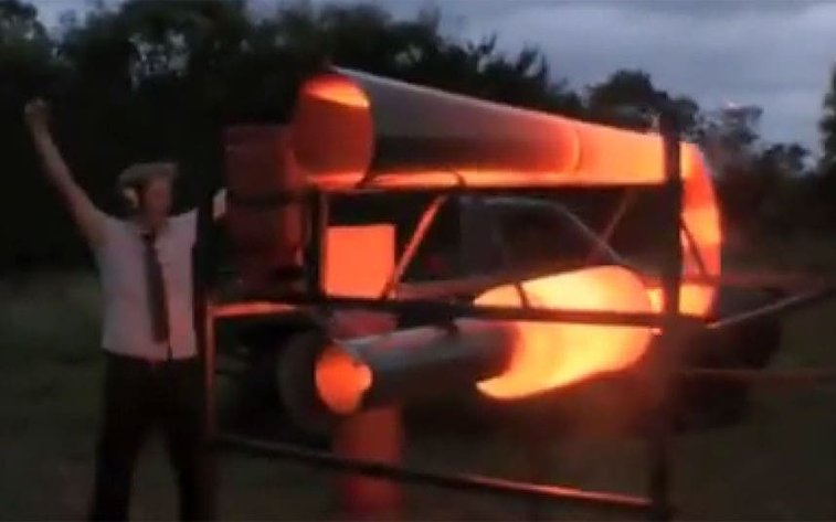 British inventor builds giant 'fart machine' to fire at France - Telegraph
