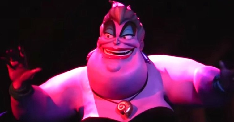 AAAAAAH! The Horrifying Moment A Disney Animatronic Lost Its Head