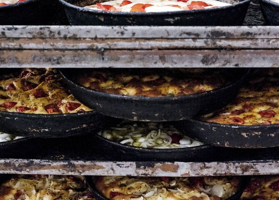 The Wild Pizzas of Southern Italy Have to Be Seen to Be Believed