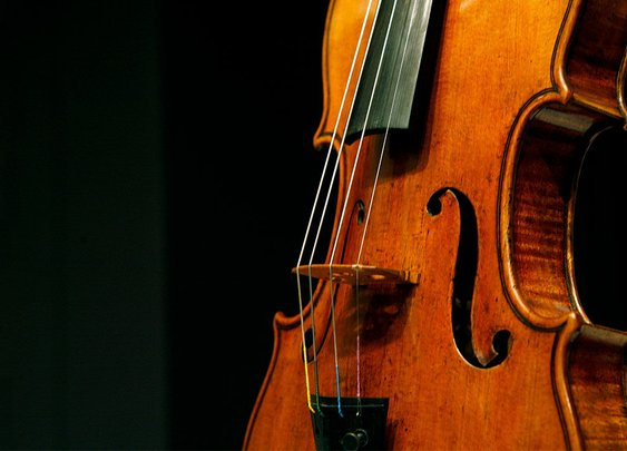 Million-dollar Strads fall to modern violins in blind 'sound check'
