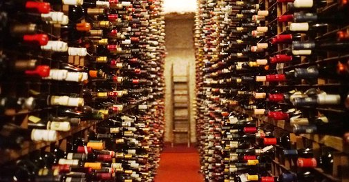 Bern's Steak House, With the Biggest Wine Collection in the World, Is Nostalgic for an America That Never Was | VinePair