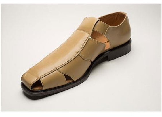 Exotic Mens Two Toned Casual Sandal In Cognac Color