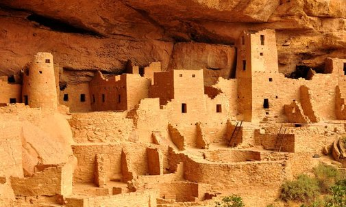 Some of the Oldest Buildings in North America Are Built Into Mesa Verde's Cliffs