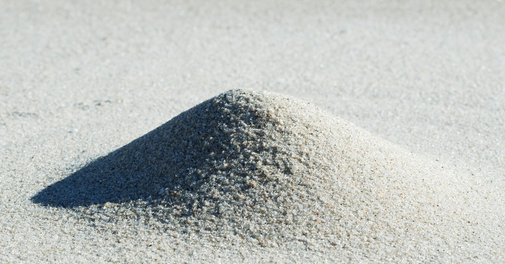 The Ultra-Pure, Super-Secret Sand That Makes Your Phone Possible | WIRED