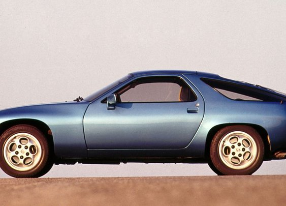How the Porsche 928 Was Inspired by an Experimental '50s Corvette
