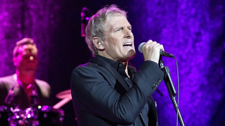 Michael Bolton denies falling asleep on live TV, blames 'tweeting'