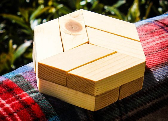 Hexagon Puzzle: 13 Steps