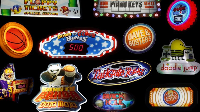 The Elaborate, Dying Art of Hustling for Money at Dave and Buster's