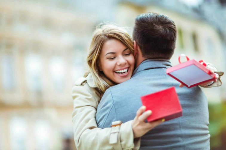 81 Best Birthday Gifts For Wife - Get her something special on her day!