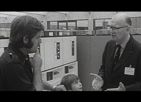 One day, a computer will fit on a desk (1974) - YouTube