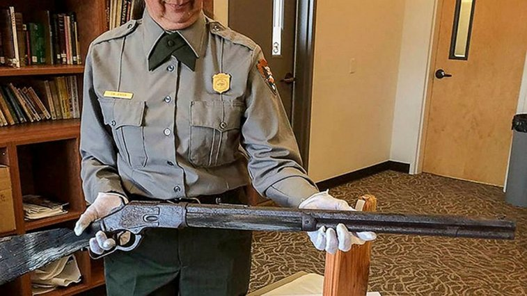 137-year-old Winchester rifle found in Nevada has new home - ABC News