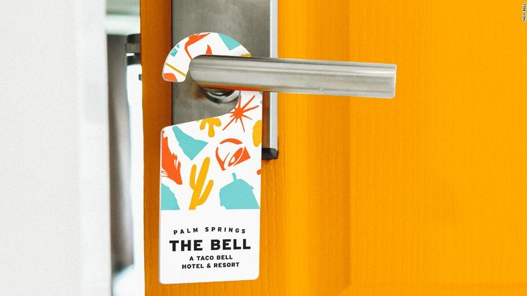 Pop-Up Taco Bell hotel sells out in 2 minutes - CNN