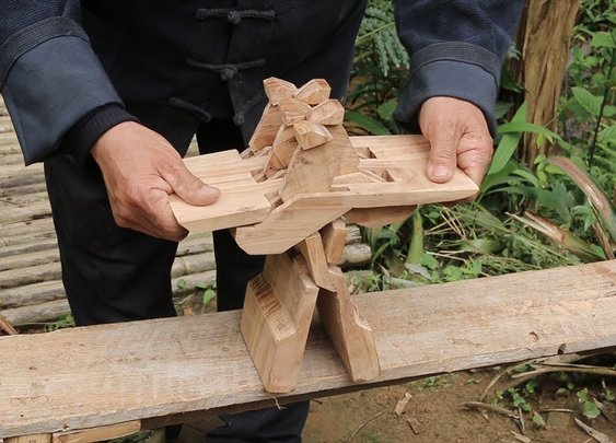 Man Builds Luban Stool - YouTube
