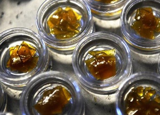 Kings Garden - Balato | Cannabis Shatter Concentrate | Hybrid | Pot Valet