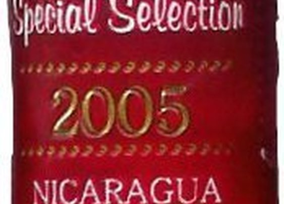 Savinelli 2005 Special Selection Nicaragua - cigar review - The Cigar Smoking Man