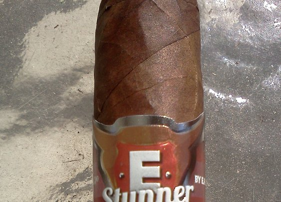 E.P. Carrillo E Stunner; Cigar review - The Cigar Smoking Man