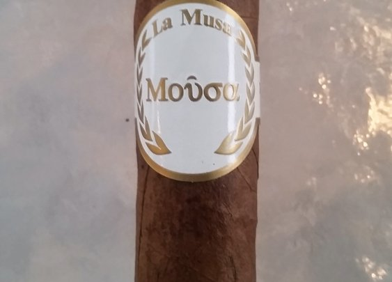 Emilio Cigars La Musa Mousa; Cigar review - The Cigar Smoking Man
