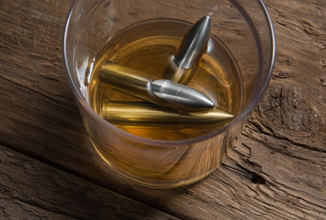 Whiskey Bullet Ice Cubes